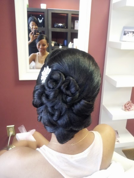 Bridal Hair Style, vintage updo, clean updo, African American bridal hair, big side bun, detailed updo, classic updo See more http://www.womensandmenshairstyle.net/