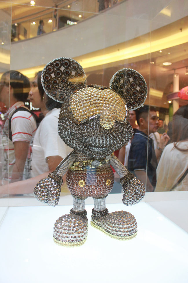 Beard Papa Amp Mickey Mouse Event Eivinying Fashion
