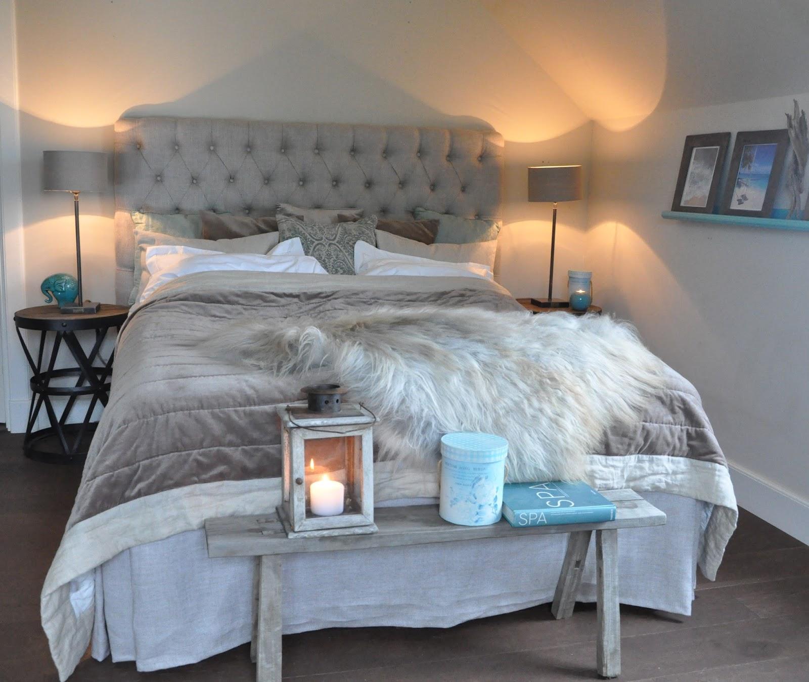 Den vita drömgården: sovrum med möbler från artwood