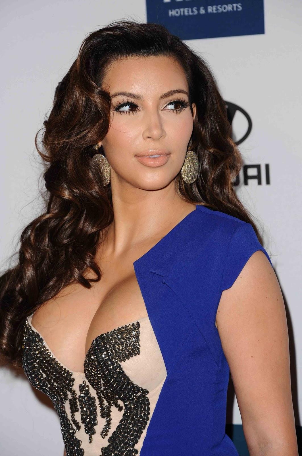 Kim Kardashian Interviews Kylie Jenner About Her Best: Kim Kardashian Hot Cleavage Photos