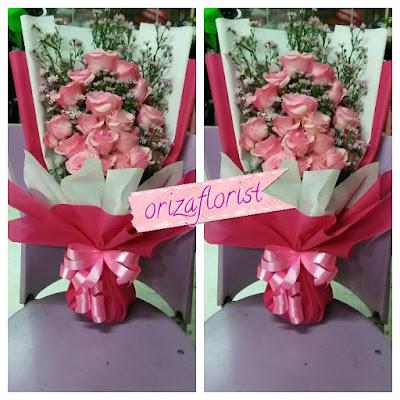 harga buket bunga wisuda surabaya, jual bunga wisuda surabaya, karangan bunga wisuda surabaya,