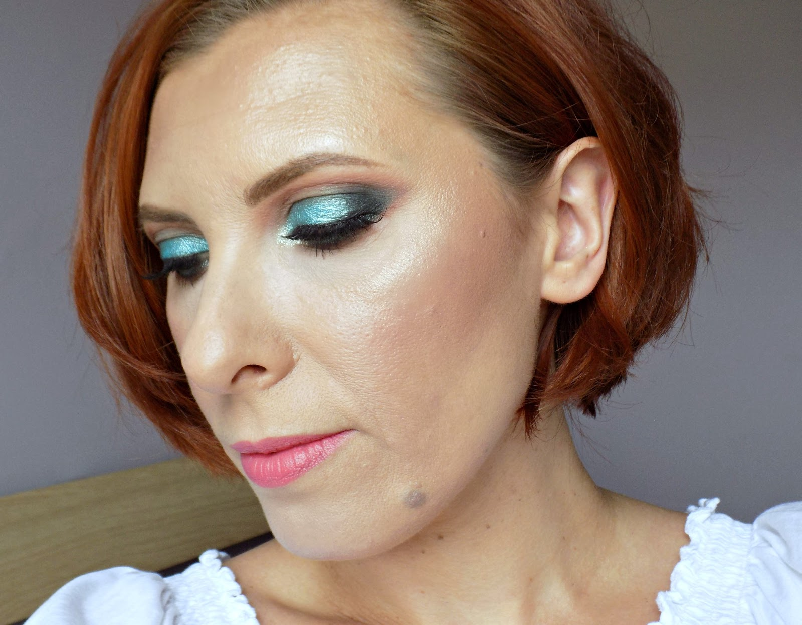 turquoise eye look using Makeup Geek eyeshadows