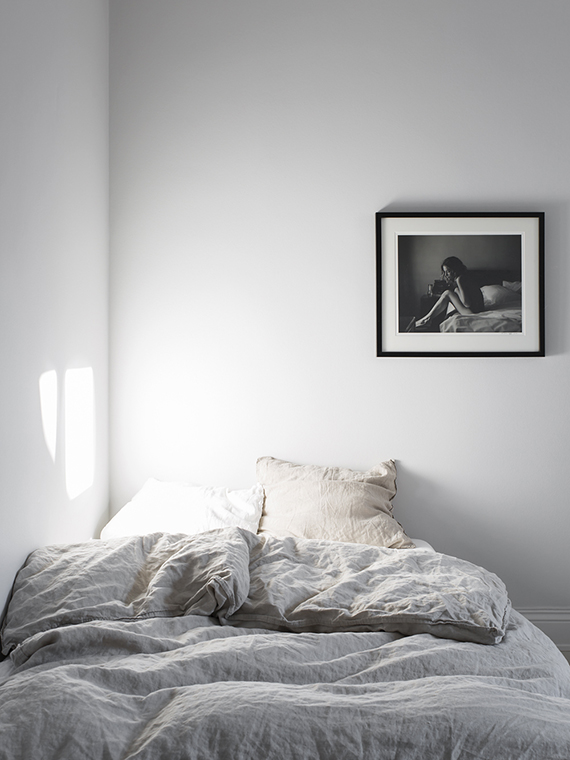 Serene bedroom photo by Sara Medina Lind