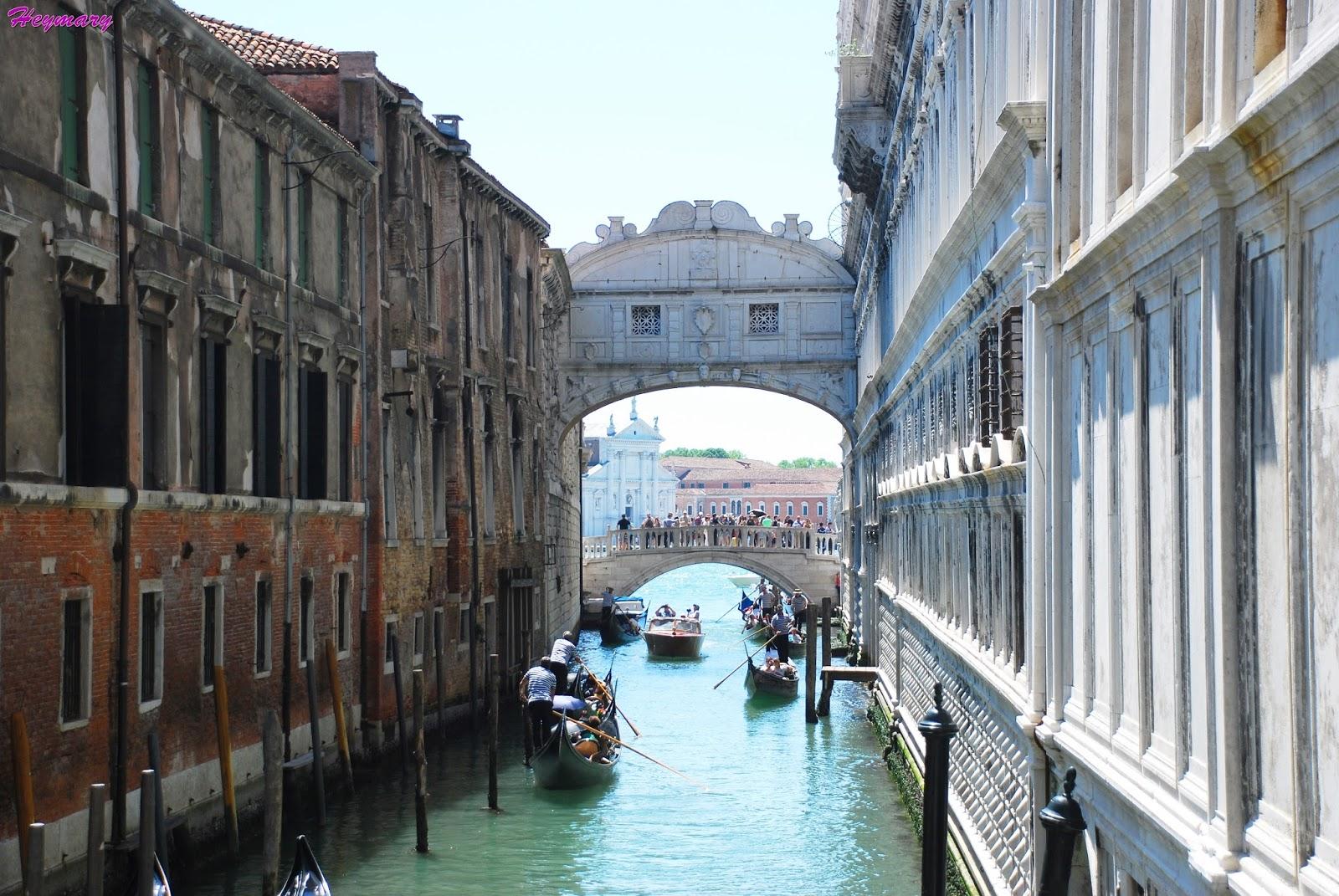 威尼斯本島|嘆息橋|麥桿橋|貢多拉船|威尼斯水井|聖匝加利亞教堂|蕾莉歐L'ERBOLARIO艾曼紐二世