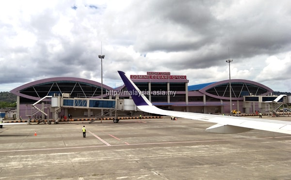 Bandar Udara Domine Eduard Osok
