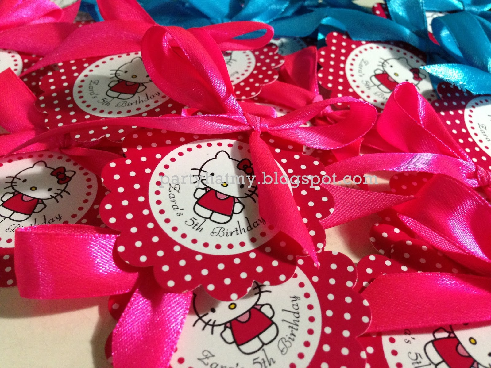 Hello Kitty Wedding Gift: Party Hat: Gift Tags