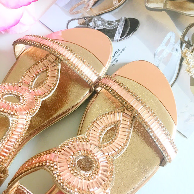 Summer Sandals With Lunar Shoes*