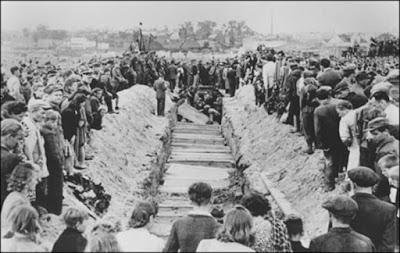 El presidente de Polonia condenó enérgicamente el antisemitismo y todas las formas de racismo y xenofobia en la conducción de las Conmemoraciones de los 70 años de la masacre de Judios después de la Segunda Guerra Mundial.