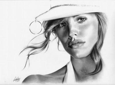 Retratos a lápiz de mujere famosa