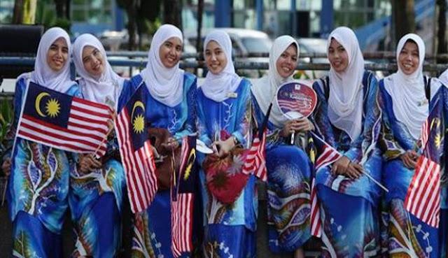 Agustus, Banyak Orang Australia Kunjungi Aceh