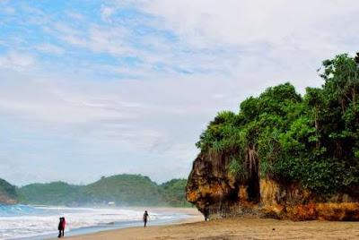 Bajul Mati Beach