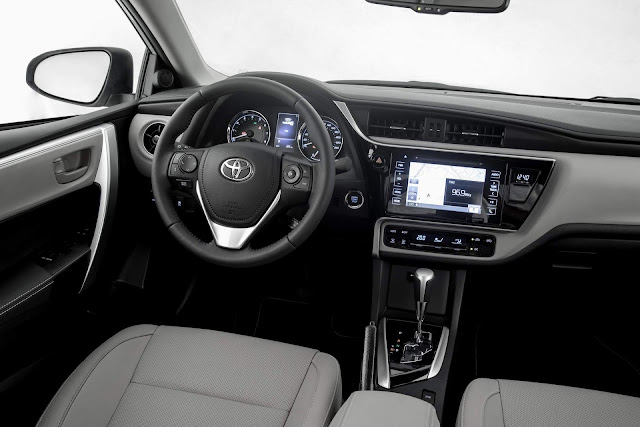 Novo Toyota Corolla 2018 - interior