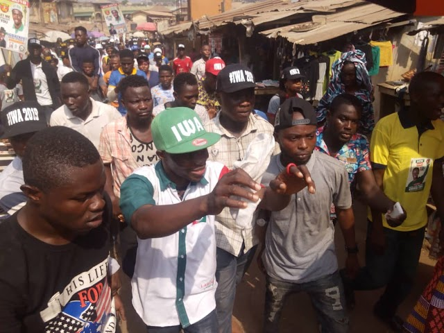 Abeokuta South Agog As  Iwa Takes Rally To Itoku Market, Receives Olubara Blessing