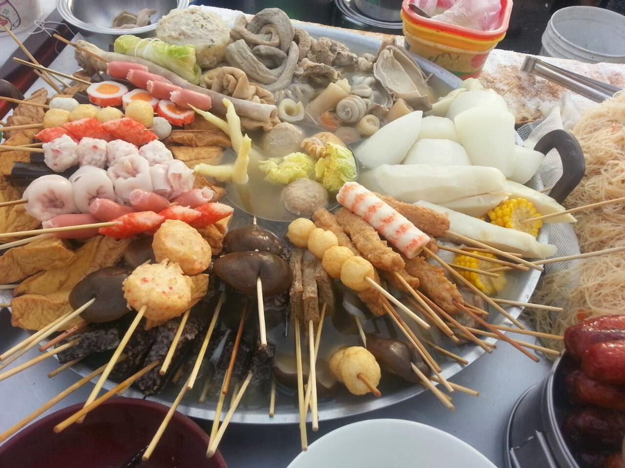 lovefisf9981: 臺南必吃隱藏版永華夜市之 湯關東煮