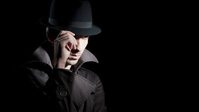 cuanto cobra detective