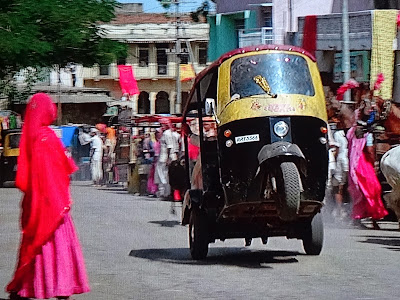 Image result for rickshaw chase in octopussy