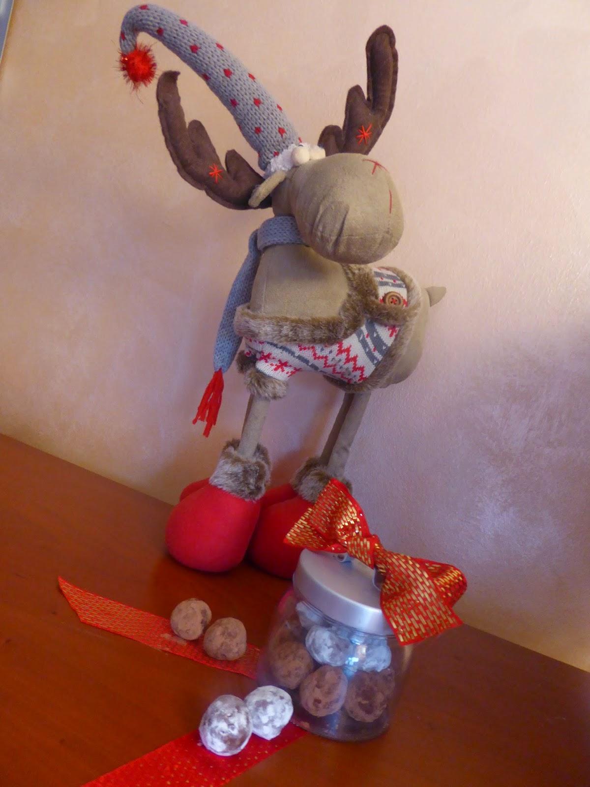 Dolci di Natale cioccolato e castagne