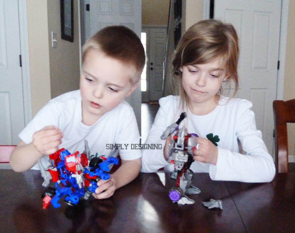 kids+building New Favorite Building Toys #ConstructBots 10