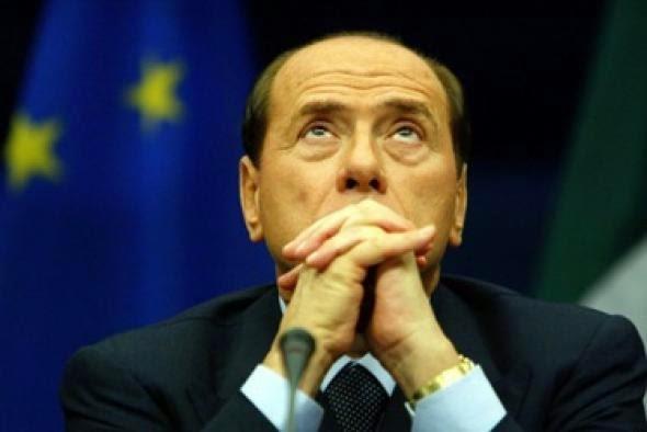 Μπερλουσκόνι: Το ευρώ μπορεί να εξαφανισθεί