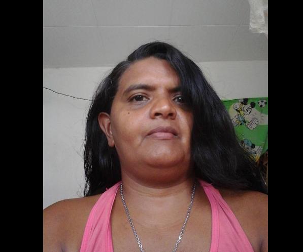 Moradora de Delmiro Gouveia pede ajuda para família que passa por dificuldades