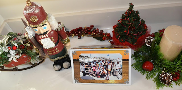 Holiday Decorating Upstairs with Goodwill of North Georgia    #ad   via  www.productreviewmom.com