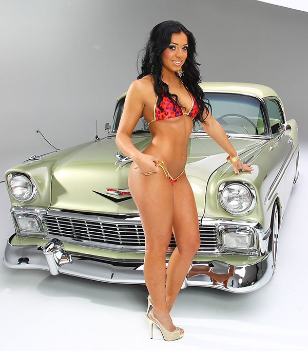 Low rider naked women