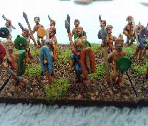 Here's a Gallic/Celtic warband painted by a very good friend Malcolm Taylor picture 2