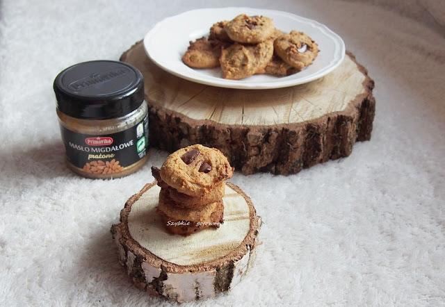 Migdałowe ciasteczka z ciecierzycy, bez dodatku mąki
