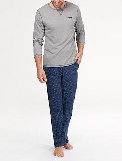 http://www.kiabi.es/pijama-largo-de-algodon-hombre_P489680#C489679