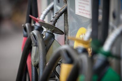 Preço médio da gasolina e do diesel nas bombas termina 2018 em alta