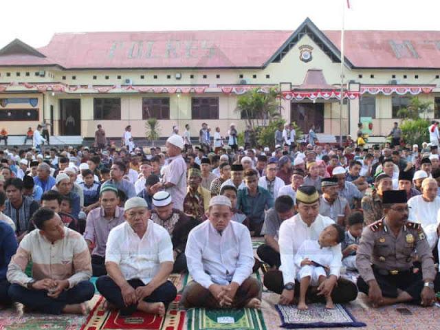 Ustad Mussadat Ajak Umat Muslim di Tanimbar Taat Allah SWT