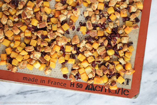 Recipe for Thanksgiving Stuffing with cranberries, sage and butternut squash