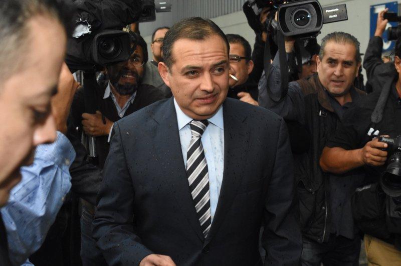 Ernesto Cordero aprobó mega bono de fin de sexenio para 128 senadores.