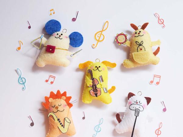 Boneka Pemain Musik
