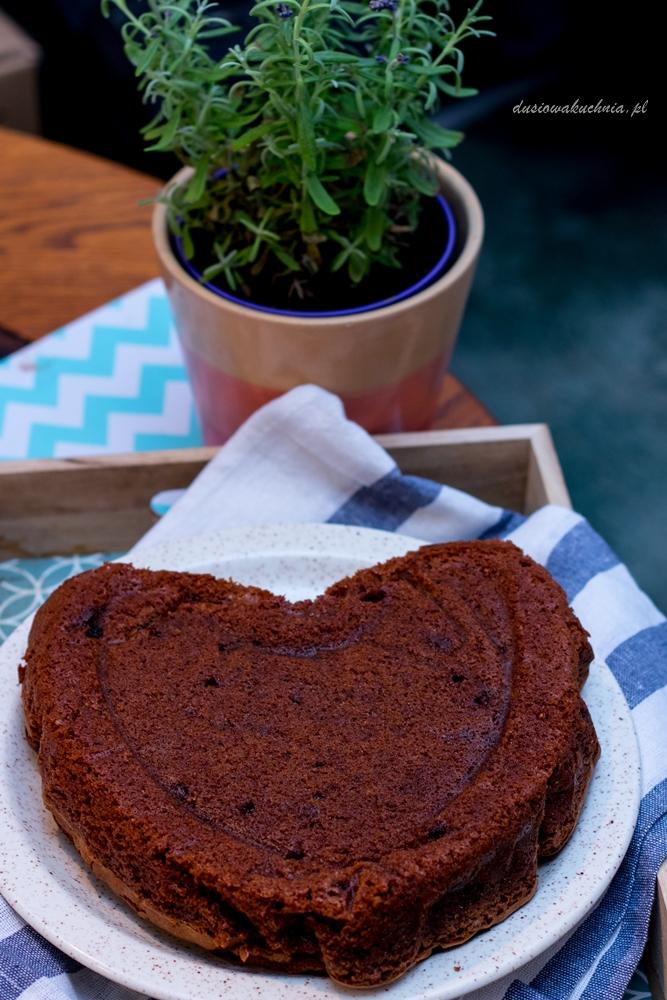 Pyszne  i proste ciasto czekoladowe na Mikołajki