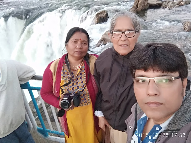Our team - me (Sidhartha Bhattacharyya), maa, and Jolly Biswas ( Jolly di) at Dhuandhar Falls, Jabalpur