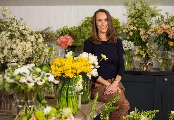 Prince Harry and Meghan Markle selec flower designer Philippa Craddock. Craddock will lead a florist team. Alexander McQueen wedding dress