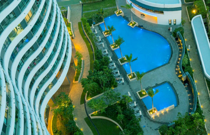 Swimming pool at City Garden apartment