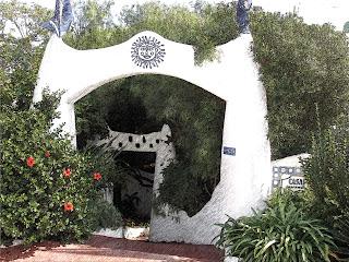 O Sol, na Entrada da Casa Pueblo, em Punta Ballena