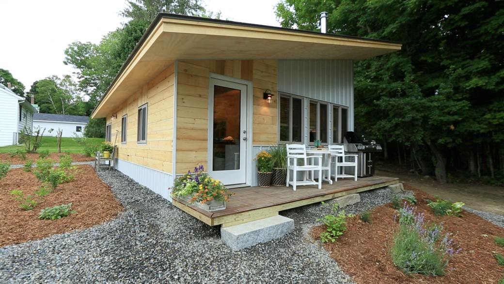 Vermont Chalet 493 Sq Ft The Homes Of Tiny House Nation