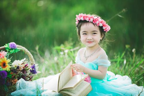 Kinh nghiệm nuôi con gái lớn lên xinh đẹp