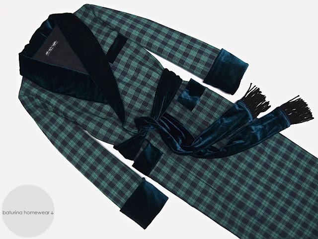 Mens english dressing gown gentlemans vintage smoking jacket plaid robe