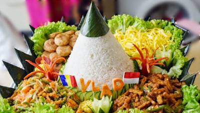 Resep Dan Cara Membuat Nasi Tumpeng Putih, dan Bahan Nasi Tumpeng Putih