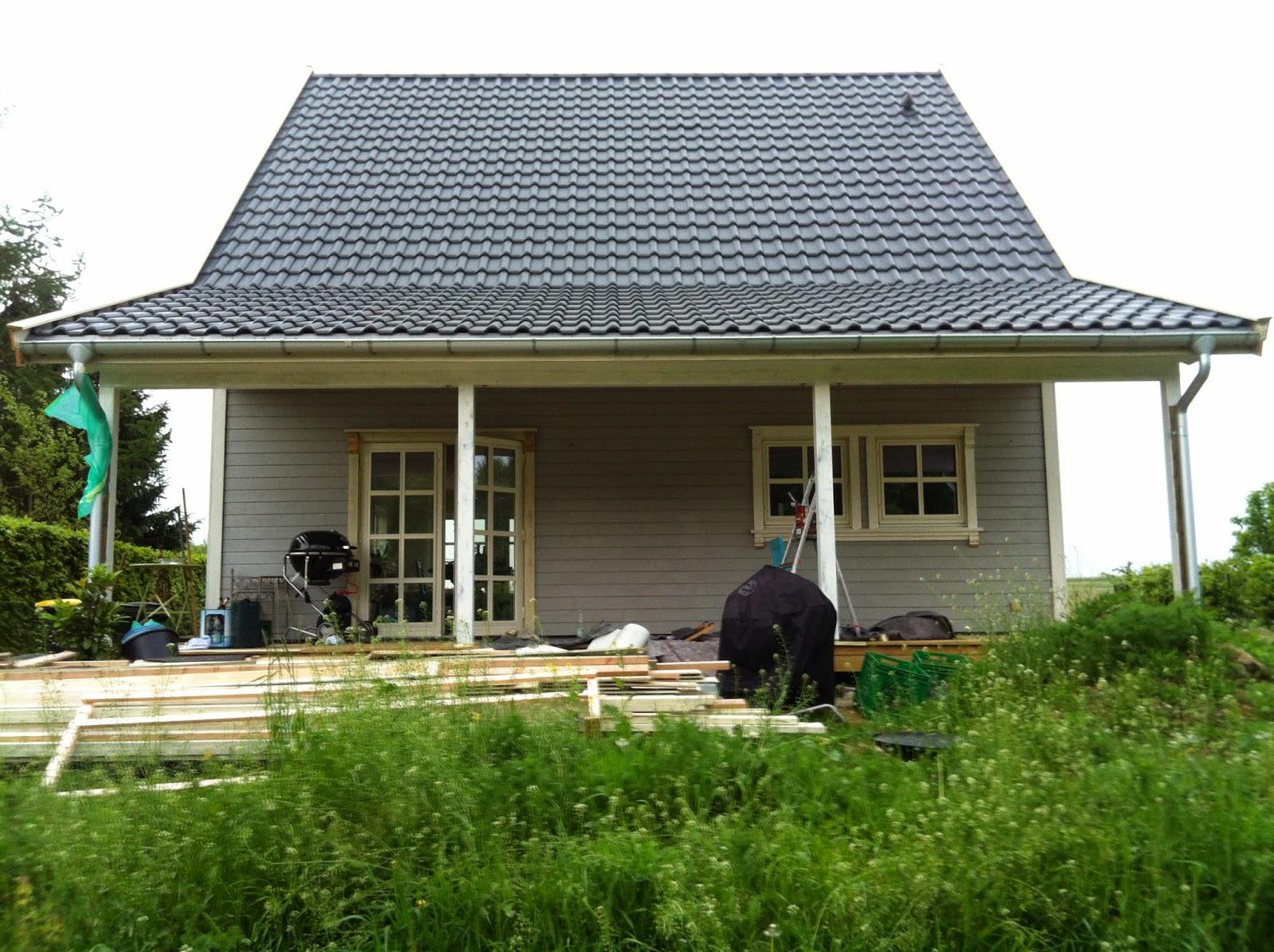 norwegian dreamhome das gro e pinselschwingen beginnt. Black Bedroom Furniture Sets. Home Design Ideas
