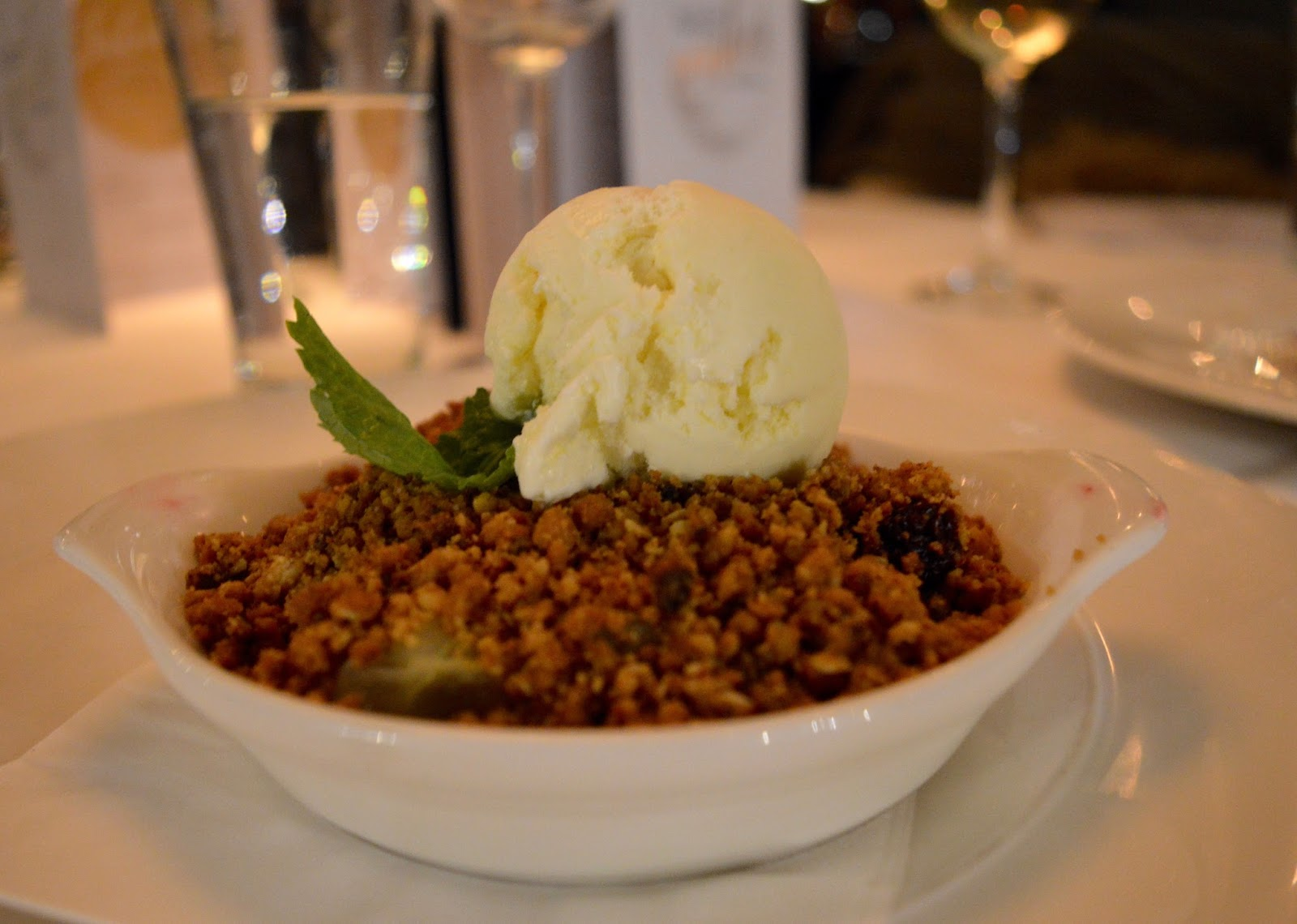 Celebrate Christmas at Newcastle Gusto  - apple and blackberry crumble