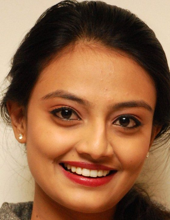 Beautiful Tollywood Actress Nikitha Narayan Smiling Face Close Up Pics