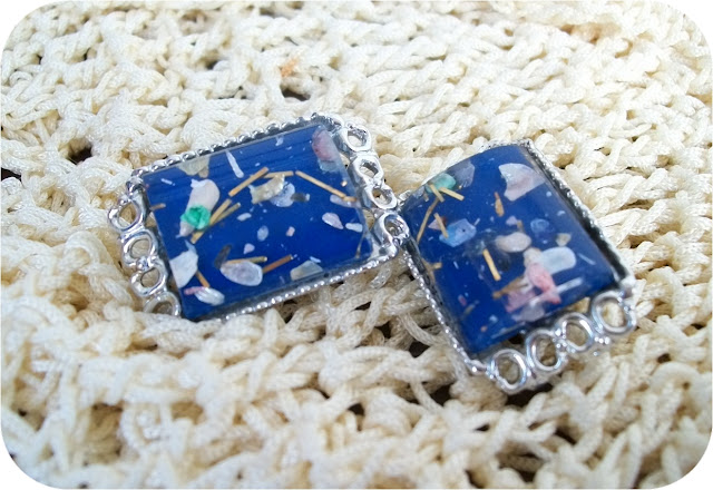 vintage lucite confetti earrings