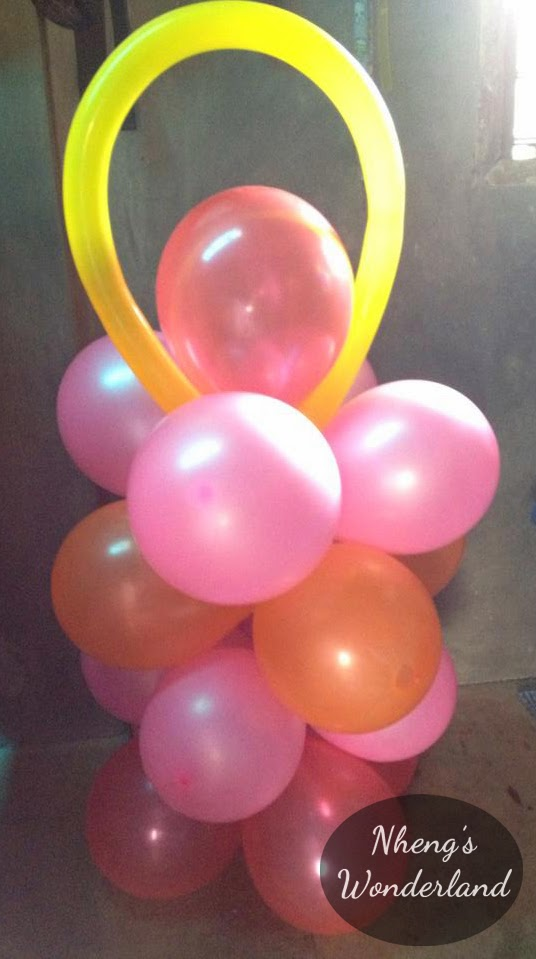 DIY Balloon Pillar