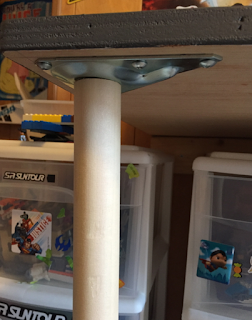 custom-Lego-table-leg-attachment-reference-kids-room