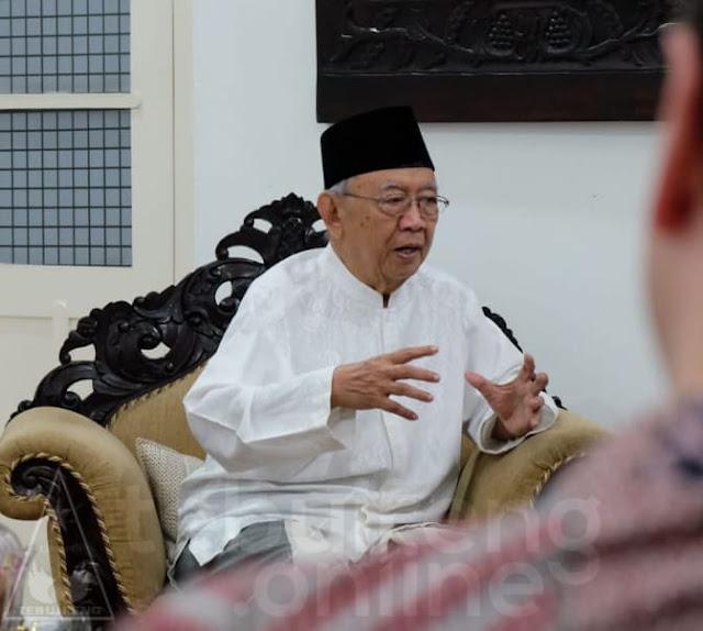 Bantah Dukung Prabowo, Gus Sholah: Siapa Pun yang Datang, Kita Terima